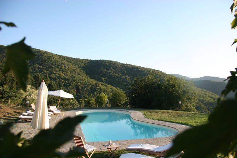 Agriturismo con piscina toscana agriturismi con piscina for Piscina firenze